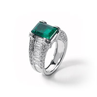 Favero Jewels | Collezione Timeless Anello Smeraldo
